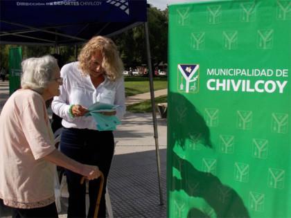 Se recordó el Día internacional del Consumidor en la plaza