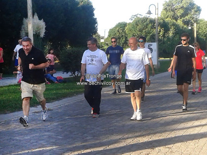 Caminata Solidaria organizada por la Dirección de Deportes