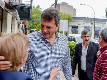 """Massa se distancia de Macri y le pide que """"tome medidas urgentes para proteger el empleo"""""""
