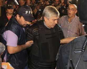 """""""El solo hecho de contar dinero no lava nada"""", afirmó Lázaro Báez ante Casanello"""