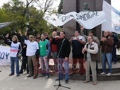 Multitudinaria convocatoria de la Mesa de Unidad Sindical por la celebración del Día del Trabajador