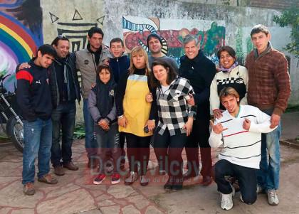 Arco Iris: El diputado Fabio Britos compartió la jornada del 25 de Mayo con los jóvenes