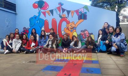 Jardín 907. 40°Aniversario: Festejaron con la realización de un mural