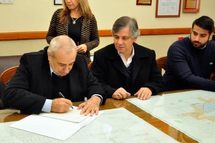 Se firmó la escritura de la Empresa Winflex S.A.