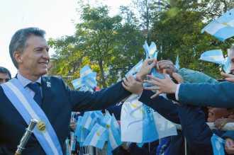 """El presidente Mauricio Macri lamentó recibir """"un país castigado por mentira y corrupción"""""""