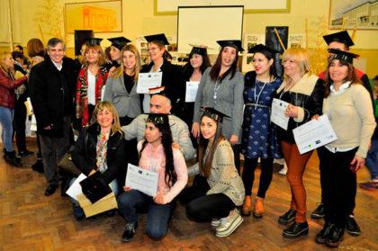 Se graduaron alumnos del Plan FinEs II