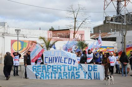 Frente Gremial Docente: Jornada de Movilización y entrega de petitorio en el Consejo Escolar