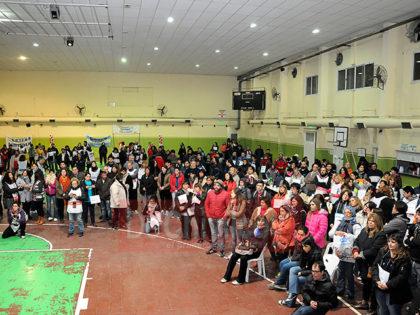 Marcha Federal. En Chivilcoy: Acto en Estadio Centro y paso de una de sus columnas