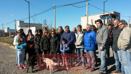 El intendente Guillermo Britos recorrió obras de mejorado de 16 cuadras en el barrio Procrear II
