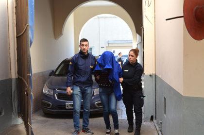 En múltiples allanamientos detienen a varias personas