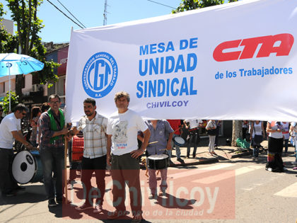 Movilización en contra del Ajuste convocada por la Mesa Sindical