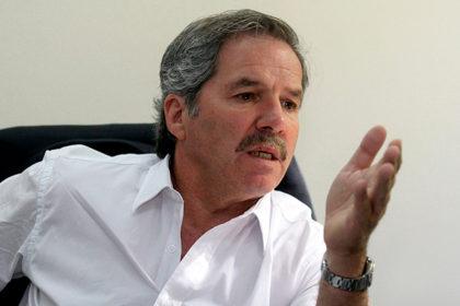 """Felipe Solá: """"Basta de usura con las tarjetas de crédito"""""""