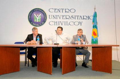 Gustavo Iaies brindó una charla sobre educación en el Centro Universitario