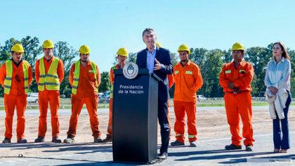 Macri inauguró un tramo de autopista en la Ruta 5, abandonado hace más de diez años