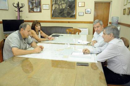 La Municipalidad gestiona el préstamo de un espacio para huertas y extracción de miel