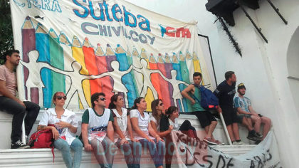 [VIDEO] Chivilcoy presente en la masiva marcha de docentes a la Plaza de Mayo