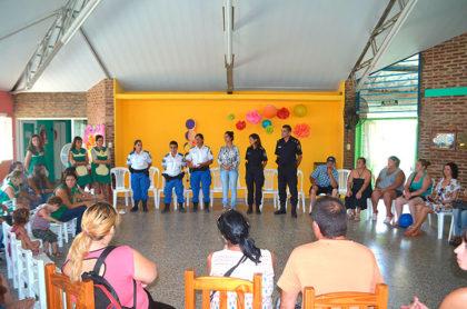 Secretaria de Seguridad: Charlas y actividades en distintos barrios de Chivilcoy