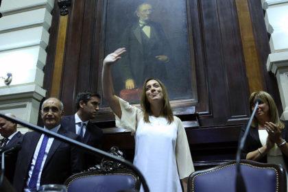 Vidal pidió a docentes no ser funcionales a los que responden a intereses políticos
