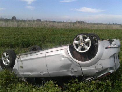 Fallecieron dos jóvenes policías que volcaron en la Ruta 30