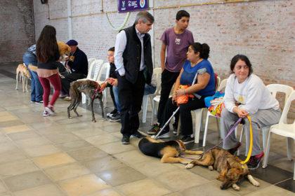 Gran acompañamiento de los vecinos en la tercera jornada de Castraciones Masivas