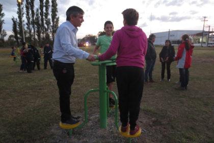 Moquehuá inauguró juegos deportivos