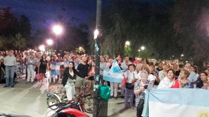 """Ayer en Plaza Principal marcha en """"apoyo a la Democracia"""""""