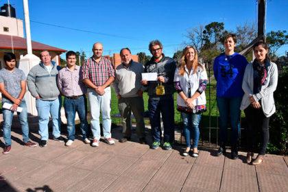 La Dirección de Deportes entregó $ 30.300 al Hospital de Moquehuá
