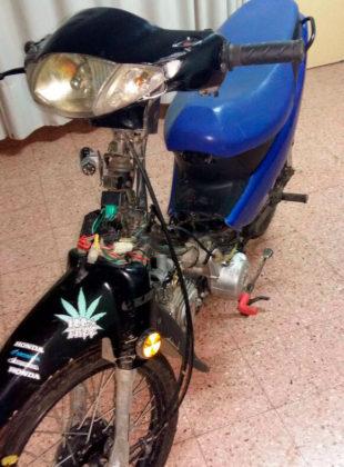 Detienen a un menor con una moto con la numeración del motor adulterada