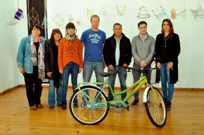 """Se entregó la bicicleta que sorteó el programa """"Chivilcoy en Bici"""""""