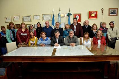 Fabio Britos acompaño al intendente de Chivilcoy en un importante anuncio para escuelas suburbanas