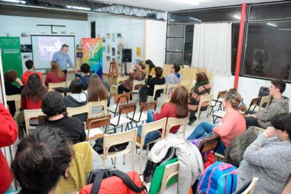 Juan Cruz Gonella dictó un seminario de Tipografía en Artes Visuales