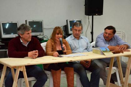 """Presentación del libro """"La Rica, mi pueblo hermano"""" Alicia Marino de Devincenzi"""