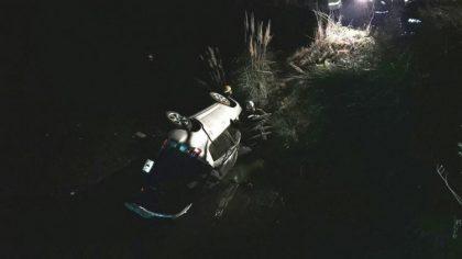 6 jóvenes hospitalizados por el vuelco de una camioneta en ruta 46