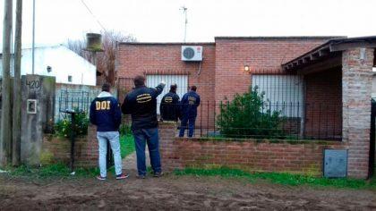 Más de 100 efectivos participan de un megaoperativo realizando 12 allanamiento y 6 detenciones