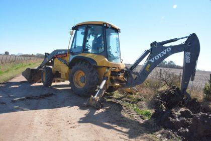 Trabajos de limpieza y mantenimiento en el Canal de Ayarza