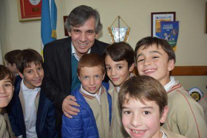El intendente recibió a alumnos del Colegio Comienzos