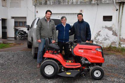 Nuevo tractor para la delegación de Gorostiaga