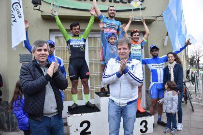 """Se disputó la carrera de ciclismo """"Gran Premio Ciudad de Chivilcoy"""""""