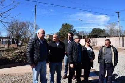 Nuevas obras de cordón cuneta; cloacas para el Barrio Sur y una olvidada promesa de campaña