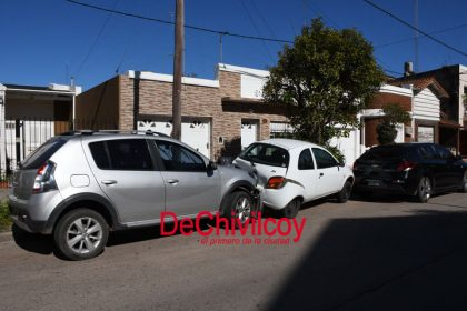 Choque múltiple en la esquina de Belgrano y Alsina [Video]