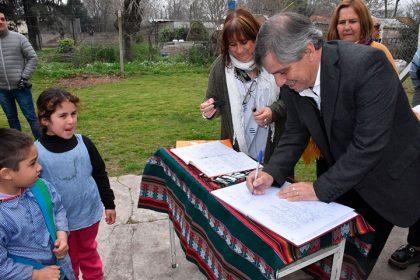 Acto por el Día del Maestro en la Escuela Nº 14 de Ramón Biaus