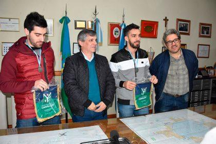 El intendente reconoció a los deportistas Luciano y Franco Massimino
