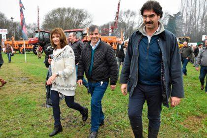 Guillermo Britos y el ministro Sarquís abrieron la 67º Exposición Rural de Chivilcoy