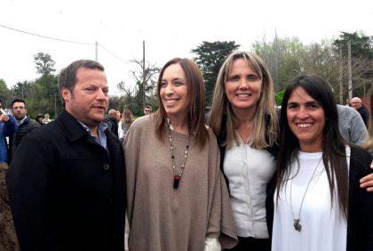 José Ferro y Lourdes Zaccardi junto a María Eugenia Vidal