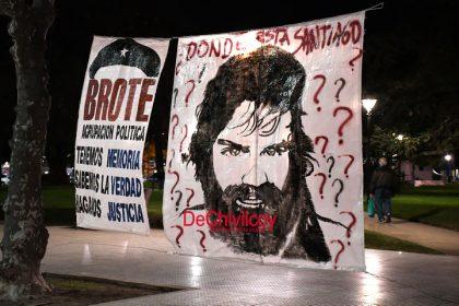 Anoche: Una multitud acompañó el reclamo nacional por la aparición con vida de Santiago Maldonado [Video]