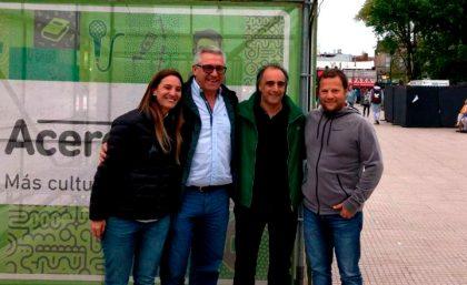 El candidato de Cambiemos, José Ferro, recorrió el AcercArte Chivilcoy
