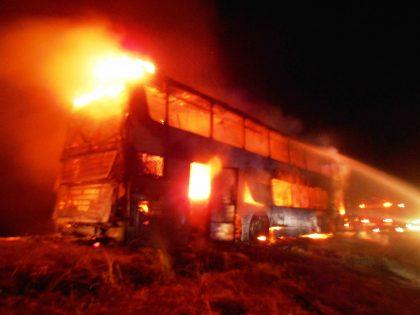 Un ómnibus fue consumido por las llamas en jurisdicción del partido de Suipacha