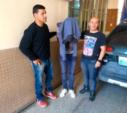 """En la tarde de hoy detienen a dos personas imputadas del delito de """"Robo Agravado con Arma"""""""