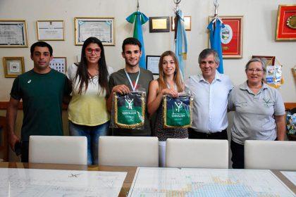 Reconocimientos a los atletas Geronimo Ruscio y Camila Zilliotti