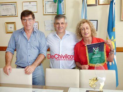 El intendente reconoció a la campeona de pesca Susana Di Virgilio